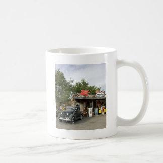 Tienda general de la ruta 66 y gasolinera tazas de café