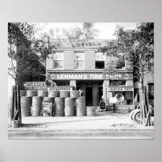 Tienda temprana del neumático, 1921. Foto del Póster
