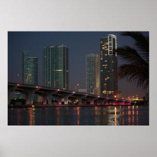 Tienda un puente sobre en el amanecer 1 impresiones