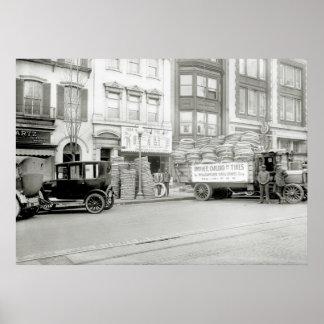 Tienda vieja del neumático, 1921 posters