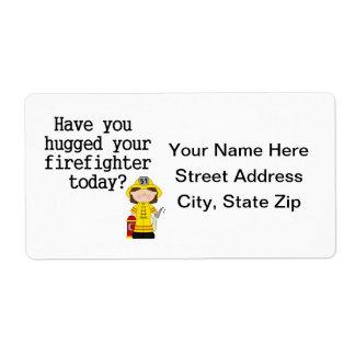 Tiene usted abrazado su bombero (de sexo femenino) etiquetas de envío