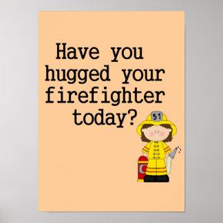 Tiene usted abrazado su bombero (de sexo femenino) impresiones