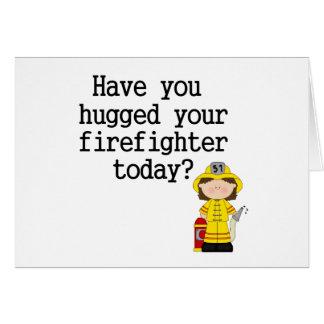 Tiene usted abrazado su bombero (de sexo femenino) tarjeton