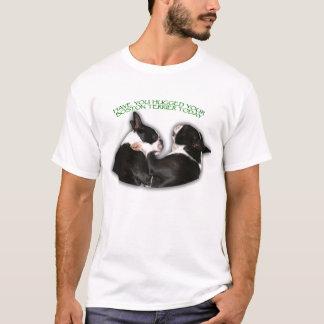 Tiene usted abrazado su Boston Terrier hoy ponerse Playera