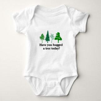 Tiene usted abrazado un árbol hoy body para bebé