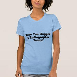 Tiene usted abrazado un ayudante radiólogo hoy camisetas