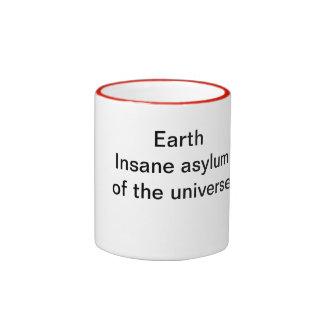 Tierra: Asilo insano del universo Taza De Dos Colores