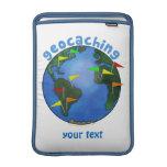 Tierra azul con el personalizado de Geocaching de  Funda Macbook Air