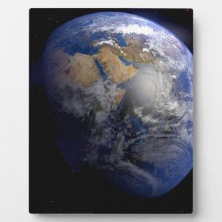 Tierra azul del espacio inspirado placas para mostrar