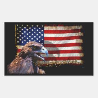 Tierra de la bandera patriótica libre y de Eagle Pegatina Rectangular