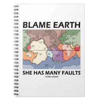 Tierra de la culpa ella tiene muchas faltas (la te spiral notebooks
