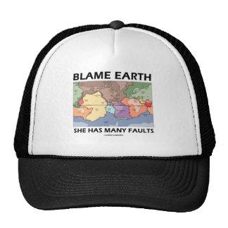 Tierra de la culpa ella tiene muchas faltas la te gorra