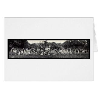 Tierra de la foto 1920 de la danza de las flores tarjeta