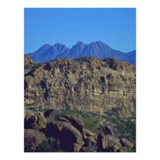 """Tierra de rocas folleto 8.5"""" x 11"""""""