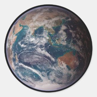 Tierra del espacio pegatina redonda