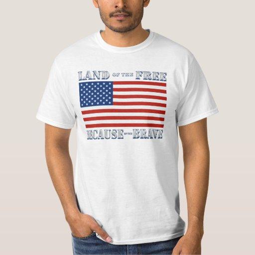 Tierra del libre debido a la camiseta valiente playera