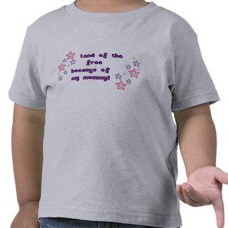 Tierra del libre debido a mi mamá camisetas
