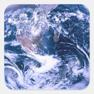 Tierra del mármol del azul del espacio pegatina cuadrada