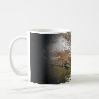 Tierra del planeta taza