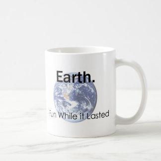 Tierra: Diversión mientras que duró la taza de caf