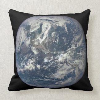 Tierra, espacio, América Cojín