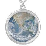 Tierra llena 2012 colgantes personalizados