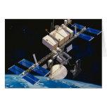 Tierra que está en órbita 10 de la estación espaci tarjeta