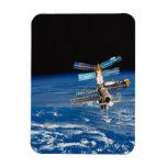 Tierra que está en órbita 3 de la estación espacia imán rectangular