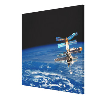 Tierra que está en órbita 3 de la estación espacia impresion de lienzo