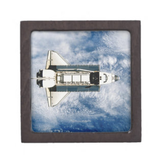 Tierra que está en órbita 3 del transbordador espa caja de regalo de calidad