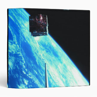 "Tierra que está en órbita por satélite 3 carpeta 1 1/2"""