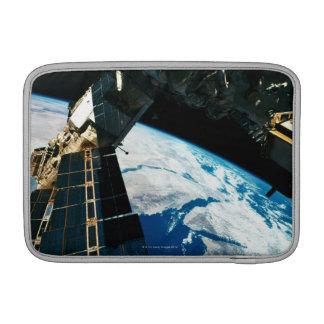 Tierra que está en órbita por satélite 5 fundas macbook air