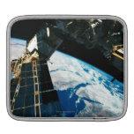 Tierra que está en órbita por satélite 5 funda para iPads
