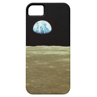 Tierra que sube sobre la luna iPhone 5 funda