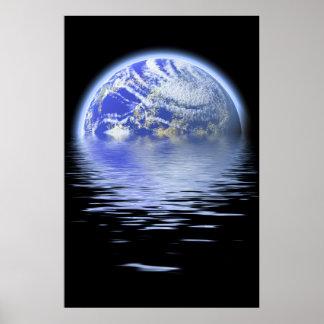 Tierra sobre ondulaciones del agua inundada póster