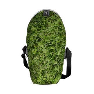 Tierra verde bolsa de mensajeria