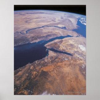 Tierra vista de espacio poster