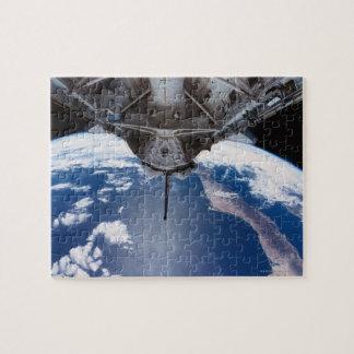Tierra vista de un transbordador espacial rompecabezas