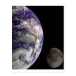 Tierra y luna de Galileo Postal