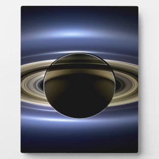 Tierra y Saturn Placa De Plastico