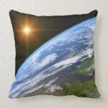 Tierra y una estrella brillante 3 almohada