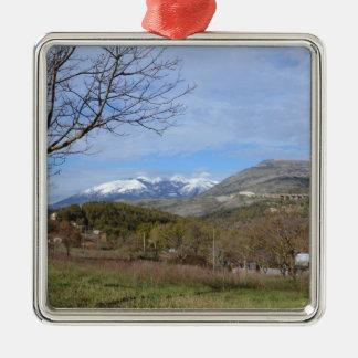 Tierras de labrantío en invierno en Calabria Ornamentos Para Reyes Magos