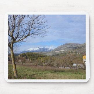 Tierras de labrantío en invierno en Calabria