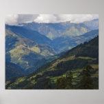 Tierras de labrantío y pueblo en el Himalaya Impresiones