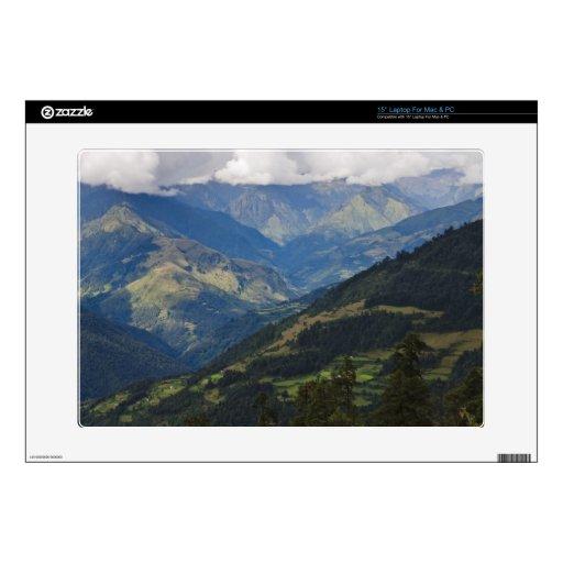 Tierras de labrantío y pueblo en el Himalaya 38,1cm Portátil Calcomanías