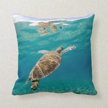 McTiffany Tiffany Aqua Tiffany, the Green Turtle Throw Pillow