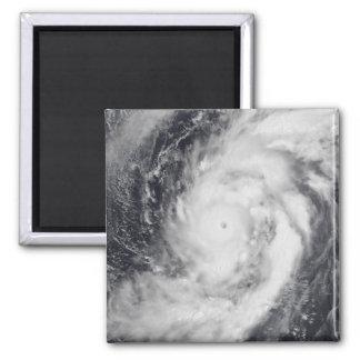 Tifón Damrey en el Océano Pacífico occidental Iman