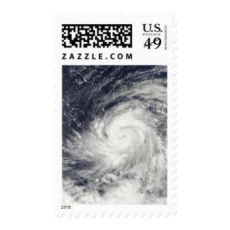 Tifón Lupit sobre el Océano Pacífico occidental Sellos