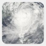 Tifón Morakot sobre Taiwán Pegatina Cuadrada