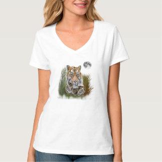 Tiger and cubs art T-Shirt